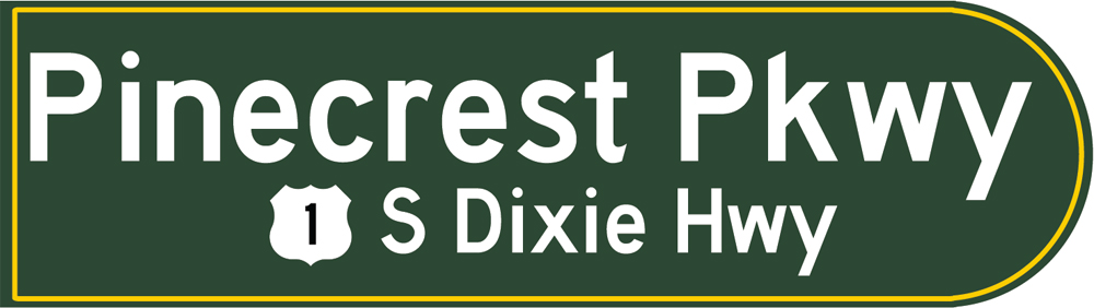 Pinecrest Pkwy Street Sign
